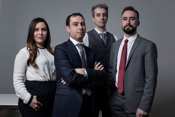 The Analysts, Commodities and Multinational team